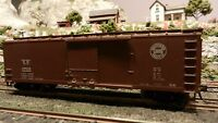 Walthers HO  40' Wood  DS Boxcar, Southern Pacific, Upgraded, Exc.