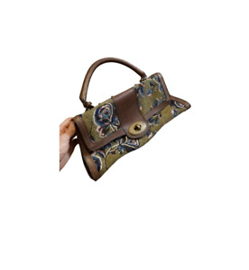 FOSSIL VRI Vintage Reissue Floral Saddle Flap Leather Bag Purse Key / Turn Lock