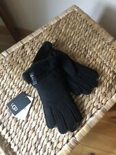 Ugg women's size Medium gloves