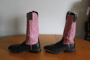 *Women's Twisted X  WCM0003 Leather Cowgirl Boots Black/ Pink (9 ½ B )