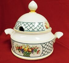 Villeroy & Boch Porcelain BASKET Soup Tureen and Lid - MINT