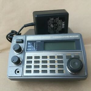 AOR AR 3000  COMMUNICATION RECEIVER  Made in Japan