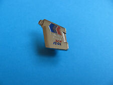 Igol Oil can pin badge. VGC.