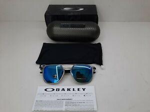 NEW Oakley Latch Alpha Sunglasses Gunmetal Prizm Sapphire Polarized 004128 0453