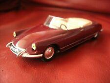 DS 19 cabriolet usine Citroen Norev