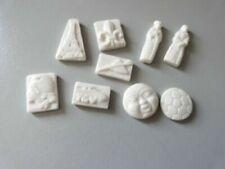 Fèves anciennes de collection en céramique