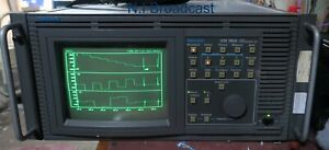Tektronix vm700a waveform vector and measurement scope with SDI options
