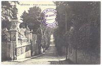CPA 92 - SEVRES (Hauts de Seine) - Statue et avenue Gambetta