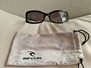 RIP CURL JOHANNA SUNGLASSES BLACK FRAMES WITH TURQUOISE ACCENTS UV 100% (NEW)