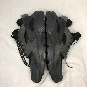 Nike Sneakers Black Air Huarache Run QS NYC Men SIze 9.5 AJ5578-001