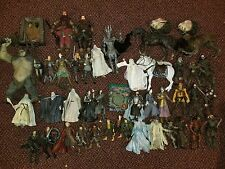 LOTR Lot of 40 Toybiz Action Figures Lord o/t Rings Two Towers Return o/t King