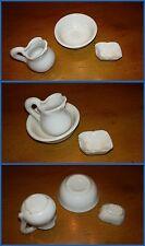 SET DA TOILETTE anni 20 in miniatura di ceramica bianca composto da 3 pezzi