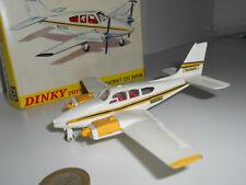 DINKY TOYS RARO BEECHRAFT C55 BARON 715 702569