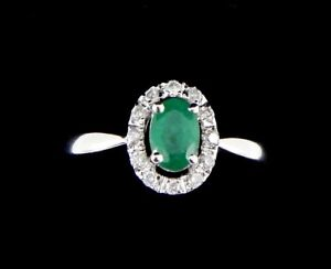 14K 3/4 Carat Emerald and Diamond Ring Halo ring 3.1 Grams Size 7