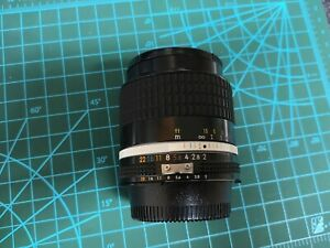 mint Nikon NIKKOR 28mm f2 Lens