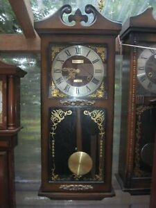 President 31 Day Vintage Wooden Wind Up Chiming Wall Clock