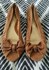 TONY BIANCO  Brown Tan Leather Sandals Small Kittens Heels Open Toe Size 7.5