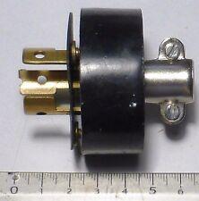 Prise male 3 pôles blocage twist lock US NOS NIB LEVITON 20A 250 volts