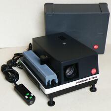 Dia projektor LEITZ PRADOVIT C 2500 con Colorplan-CF 2,5/90mm Made in Germany!!!