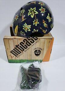 Nutcase Street Sport Cycling Helmet Size Medium Hawaiian Shirt Helmet RARE NEW
