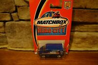 NIB 2002 Matchbox Hero City #50 Ford Transit Van Blue 24hr Roofing #95269-1718