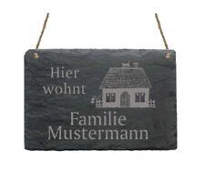 « Hier wohnt Familie - IHR NAME - » Schiefertafel Türschild mit Motiv 02