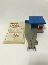 Tyco US 1 Trucking Exxon Garage Station  Ho Scale