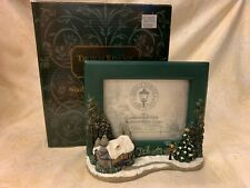 "Thomas Kinkade's ""Stonehearth Hutch"" Sculpted Photo Frame"