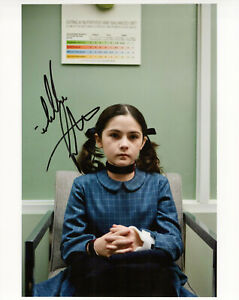 Isabelle Fuhrman Orphan autographed photo signed 8x10 #5 Esther