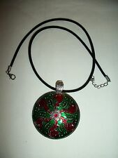 BIG BOLD RED GREEN ENAMEL JEWELRY PENDANT NECKLACE MEDAL WITH BLACK VELVET CORD