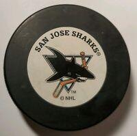 SAN JOSE SHARKS NHL VINTAGE OFFICIAL HOCKEY PUCK VEGUM TRENCH MFG. - SLOVAKIA