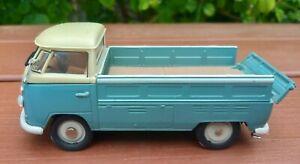 VW KOMBI TRAY UTE  DIE CAST MODEL  10 cm long  by Hongwell .
