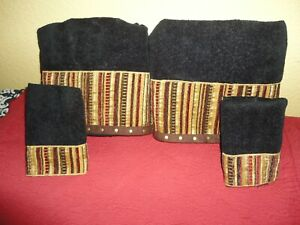 AVANTI BLACK GOLD RED SOUTHWESTERN NAILHEADS FAUX SUEDE (4PC) BATH TOWELS SET