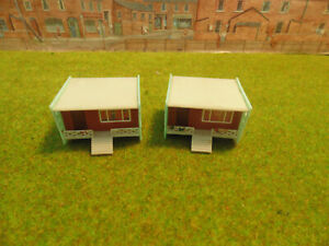 N gauge two holiday chalets unusual,, plastic,, used but nice ,