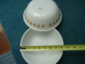 """TWO Corning Corelle 8-1/2"""" Serving Bowls Retired Butterfly Gold Pattern EUC LOOK"""