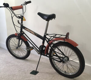 Raleigh Grifter XL in black and red. Great Original Condition