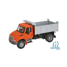 11633 Walthers SceneMaster International  4300 Single Axle Dump Truck HO