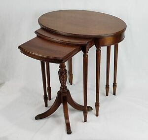 SET OF 3 VINTAGE IMPERIAL FURNITURE CO. MAHOGANY NESTING TABLES FEDERAL STYLE