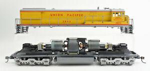 ATHEARN HO SCALE UNION PACIFIC U28-C DIESEL ENGINE #2802