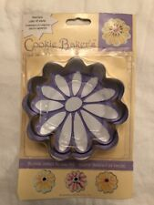 Cookie Baker's Matching Cutter & Foam Stamp Flower New