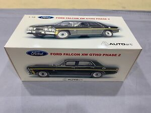 1:18 Autoart Ford Falcon XW GTHO phase 2 Reef Green