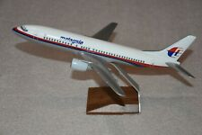 Vintage 1/100 PacMin Malaysia Airlines Boeing 737-400 Desktop Airplane Model