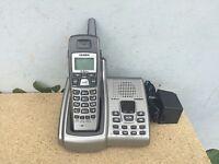 UNIDEN  EXAI5680  5.8GHZ CORDLESS PHONE SYSTEM