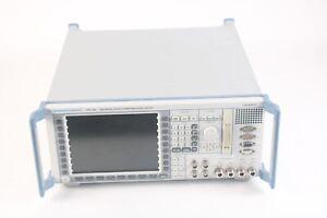 Rohde & Schwarz Cmu 200 Universel Radio Communication Testeur W/15x Sw , 14x Hw