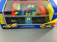 NASCAR -  Jeff Gordon 1995 Diecast & Coin Bank with Key