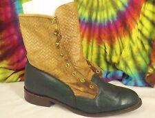 ladies 9-9.5 M vintage 80s black&tan leather CAPEZIO lace-up ankle granny boots
