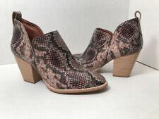 Jeffrey Campbell Rowlan bootie leather snakeskin embossed pattern Size 8