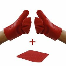 Silicone Oven Mitts With Trivet by Elbee - Quilted Cotton - Heat Resistant
