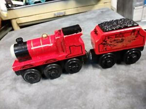 Thomas & Friends Wooden Railway JAMES & TENDER Train Engine Car Lot