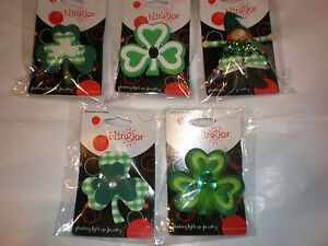ST. PATRICK'S DAY BLINKING FLASHING LIGHT UP PIN EACH SOLD SEPARATE NEW